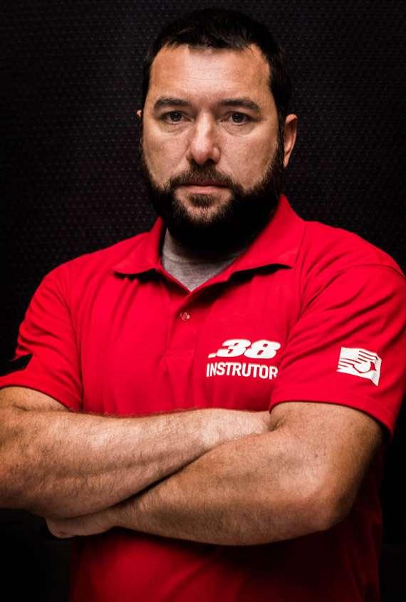 instrutor_moises_araujo